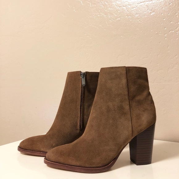 303853743a910d Sam Edelman Blake Bootie Brown Suede US Size 5. M 5b24977fc61777cd7db73555